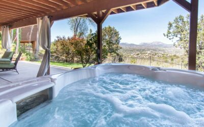 Using your hot tub in the summer? This is what you need to keep in mind